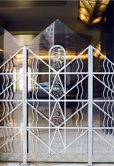 Art Déco - Oviatt Building - Percy Eisen, Albert Walker et René Lalique - Los Angeles - Terminé en 1927