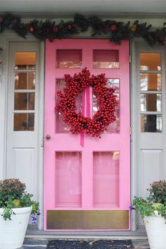 Julia Ryan: Pink Door Holiday House Tour
