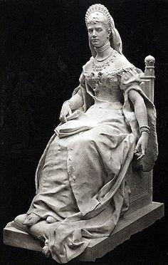 Sculpture of Empress Marie Feodorovna