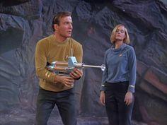 Star Trek Season 1 Episode 3 - Where No Man Has Gone Before (22 Sep. 1966), Captain James T. Kirk (William Shatner) and Dr. Elizabeth Dehner (Sally Kellerman)