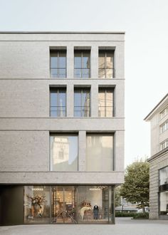 wulf architekten . Office and Commercial Building at Stiftstr . Stuttgart afasia (1) | a f a s i a Building Elevation, Building Exterior, Building Facade, Arcade Architecture, Art And Architecture, Contemporary Classic, Modern, Contemporary Architecture, Ground Floor