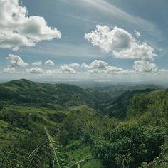 Amazing roadside views in Costa Rica. Monteverde, Costa Rica. Flights+Barrels Travel Photography.