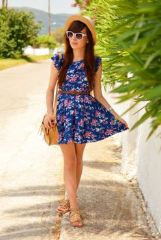 What a cute floral dress perfect for summer.