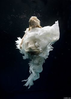 'A woman knows the face of the man she loves as a sailor knows the open sea.'  ~Honore de Balzac    <3 Underwater Wedding<3