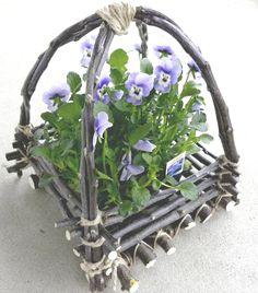 How to make a twig basket