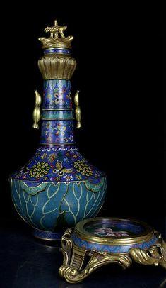 Chinese Qing Dynasty  Gilt Cloisonne Enamel Bronze Lotus Vase