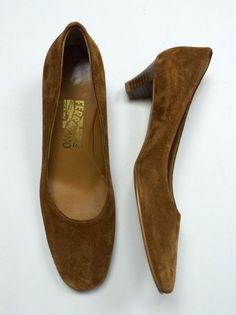 NWOB Salvatore Ferragamo 8AA Brown Suede Leather Stacked Cuban Kitten Heel Pump #SalvatoreFerragamo #PumpsClassics