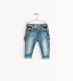 Jeans with suspenders from Zara Little Boy Fashion, Baby Boy Fashion, Kids Fashion, Toddler Outfits, Baby Boy Outfits, Kids Outfits, Stylish Baby Boy, Kids Braces, Suspender Jeans