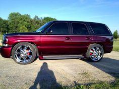 2002 Chevrolet Tahoe 4x4 custom paint, lowered on 24's