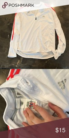 White Adidas pullover White adidas long sleeve top. Excellent condition Adidas Tops Tees - Long Sleeve