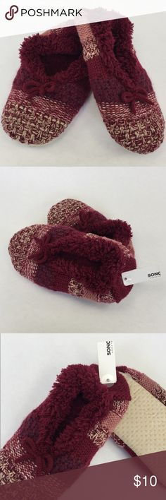 NWT Faux Fur Cozy House Slippers Sweater Knit These slippers are super cozy. I have two pair and never happened to wear this one. Still has the tags attached. Soft knit design. Size medium large Shoes Slippers