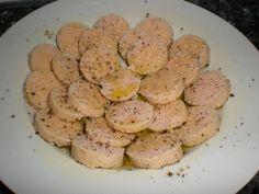 Huevas de bacalao a la pimienta Ingredientes (picoteo para 2 comensales) 150 Gramos de huevas de bacalao refrigeradas Pimienta negra...