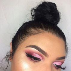 WEBSTA @ glambyesmeralda - pretty in pink @anastasiabeverlyhills medium brown dipbrow @anastasiabeverlyhills modern renaissance palette @morphebrushes 35B palette @certifeye silver glitter @dodolashes D309 lashes @colourpopcosmetics electric slide highlighter •••#anastasiabeverlyhills #anastasiabrows #norvina #dipbrow #morphe #morphebrushes #nyxcosmetics #nyxprofessionalmakeup #lashes #eyebrows #wingedliner #ardelllashes #wakeupandmakeup #hudabeauty #fiercesociety #kkwbeauty…