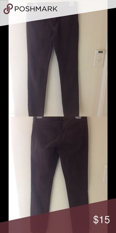 Uniqlo  dark brown skinny pants size 0 In good condition, some fades, waist 61 cm / 24 inch, cotton Uniqlo Pants Skinny