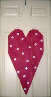 CHAPMAN PLACE: 3 Board Heart