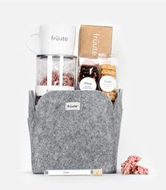 gift baskets for a new generation of gift givers | Share früute Gift Basket