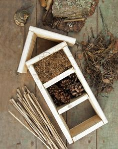 kuva Wooden Projects, Wooden Crafts, Wooden Diy, Outdoor Projects, Home Projects, Diy And Crafts, Crafts For Kids, Outdoor Decor, Bug Hotel