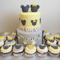 Gender reveal baby shower cake. Minnie and Mickey Mouse.