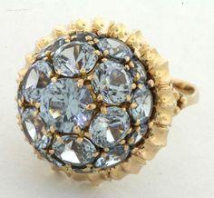 Vintage 18K Gold Fancy 14 0ct Blue Topaz Cluster Dome Cocktail Ring