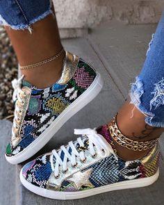 Women Glitter Casual Split Joint Lace-up Sneakers – inspireyoos Yeezy Sneakers, Sneakers Mode, Casual Sneakers, Sneakers Fashion, Fashion Shoes, Gold Sneakers, Fashion Dresses, Ladies Sneakers, Fashion Trainers