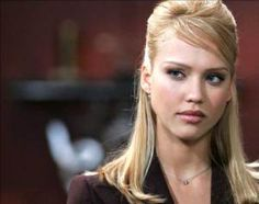 Looking Joli Good Jessica Alba Fantastic Four, Skin Undertones, Jessica Alba Style, Invisible Woman, Eliza Dushku, Different Hairstyles, American Actress, Hollywood