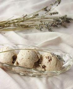 This Rawsome Vegan Life: lavender ice cream with dark chocolate