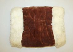 1850s velvet and fur muff. (Met)