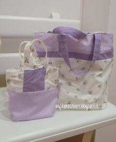 due borse quasi gemelle..