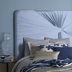 How to Decorate Small Bedrooms http://headboards-interiors.weebly.com/blog/how-to-decorate-small-bedrooms