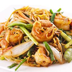 A tasty shrimp dish. Fried Noodles with Garlic Shrimp Recipe from Grandmothers Kitchen.