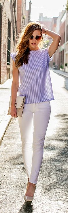 Summer Street Style Casual Outfit Ideas To Copy Now - Fashion Design Casual Chic Outfits, Casual Fridays, Classy Casual, White Outfits, White Pants Outfit, Classy Chic, Smart Casual, Summer Work Outfits, Spring Outfits