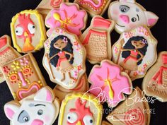 Check out our moana selection for the very best in unique or custom, handmade pieces from our shops. Bubble Birthday Parties, Moana Birthday Party, Birthday Party Favors, 2nd Birthday, Birthday Ideas, Mini Tortillas, Moana Cookies, Moana Party Supplies, Sugar Cookie Royal Icing