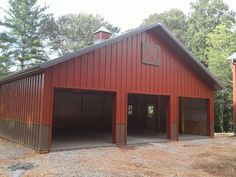 Spectacular unraveled awesome shed building important link Pole Barn Shop, Pole Barn Garage, Garage Shed, Pole Barn Homes, Garage House, Pole Barns, Garage Building Plans, Morton Building, Metal Building Homes
