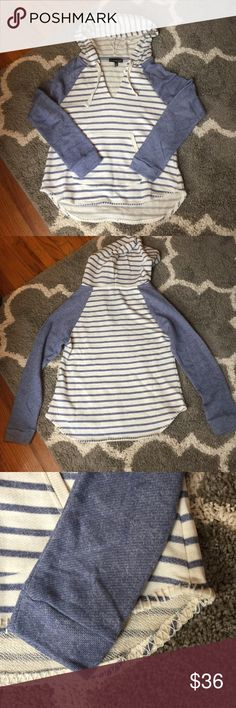 ⚓️ NWOT Nautical hoodie ⚓️ Adorable nautical style hoodie. Details include kangaroo pocket and cute stitch detail around the bottom. Size large. Tops Sweatshirts & Hoodies