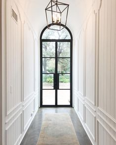 "719 Likes, 9 Comments - nicola bathie designs (@nicolabathiedesigns) on Instagram: ""light & bright entry hall"""