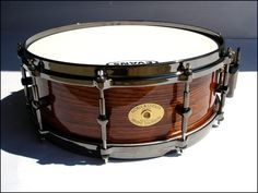 """Still"" made in America!   A work of art ~ Noble & Cooley 14 x 5 Solid Shell Maple"