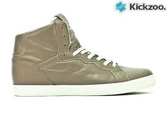 Brown/Tan/CreamSoft napper leatherVulcanises soleMinimal brandingStreet inspired sneakerVented upperThe Osiris Grounds High is from the lifestyle collection. It is a clean, street inspired sneaker made with soft napper leather. The cream coloured sole and perforated heel panel add a touch of class. £67.20