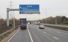 M6 overhead motorway sign December 2014 Motorway Signs, Infrastructure Architecture, Walsall, Wolverhampton, Iron Gates, December 2014, Civil Engineering, Sign Design, Tool Kit