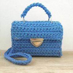 """276 Likes, 7 Comments - Дизайнерские сумочки и рюкзаки (@ksu_s_bags) on Instagram: """"Вот и готовится к отправке новая сумочка ——— Размеры 20/10/14 Подкладка Фурнитура в серебре…"""""""