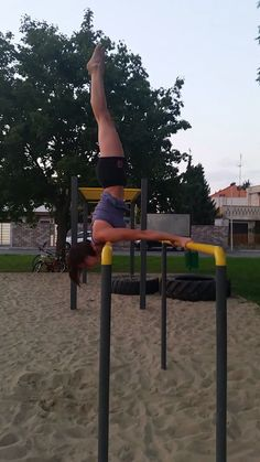 #streetworkout #streetworkoutpark #shoulderstand #