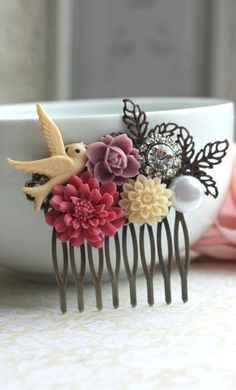 A Pink Rose, Pearl, Ivory Mum, Flying Bird, Leaf Flower Collage Hair Comb… Vintage Hairstyles, Diy Hairstyles, Flower Collage, Hair Jewelry, Jewellery, Gold Jewelry, Gold Necklace, Leaf Flowers, Biscuit
