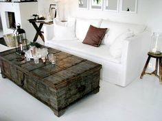 rustic chest for a coffee table - gorgeous room Old Trunks, Antique Trunks, Vintage Trunks, Antique Chest, Home And Living, Living Room, Ottoman Table, My Ideal Home, Decorating Coffee Tables