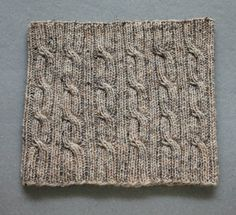 Strik et rustikt halsrør i tweed - susanne-gustafsson.dk Crochet Accessories, Bruges, Knit Crochet, Knitting, Tweed, Inspiration, Home Decor, Winter Time, Tricot