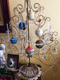 Vacation ornament tree