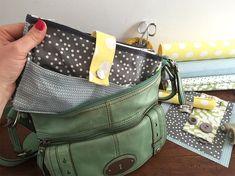 On organise l'intérieur de son sac à main grâce au projet #couturefacile de…                                                                                                                                                                                 Plus