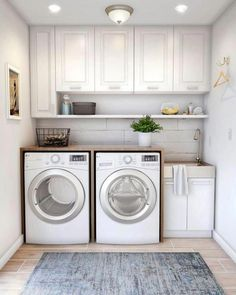 40 Gorgeous Small Laundry Room Design Ideas - Laundry areas, in general, easily end up a place where items are stored, stashed, and procrastinated -- to do later. With small laundry rooms this bec. Laundry Room Decals, Laundry Room Layouts, Laundry Room Remodel, Laundry Room Organization, Laundry Room Design, Laundry Organizer, Laundry Room Bathroom, Organized Laundry Rooms, Laundry Room Wallpaper