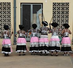 Participants in an annual South African traditional dance festival African Beauty, African Fashion, Xhosa Attire, Black People, Traditional Dresses, Black History, South Africa, Culture, Style Inspiration