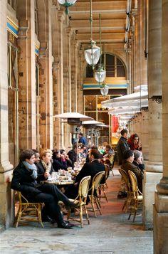 Cafe Le Nemours
