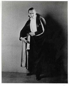 Bela Lugosi as Dracula in 1927