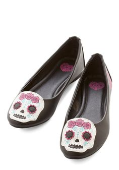Skull Pride Flat. Slide into these sweet black flats and skip to your school's pep rally. #black #modcloth